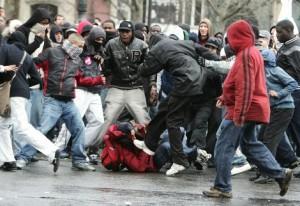 violence-agression-jeunes-banlieue-quartier